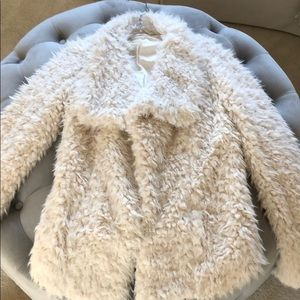 Hollister Teddy Soft Off White Jacket Size XS/S.